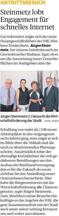 Jürgen Steinmetz (r.) besucht die Wirtschaftsförderung der Stadt. Foto: Stadt