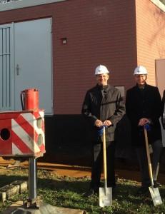 Glasfaserausbau (v.l.): Ralf Poll (NEW) und Bürgermeister Zillikens. Foto: NEW